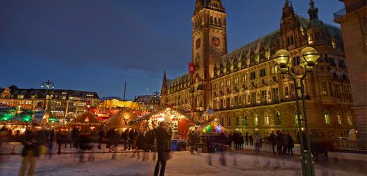 Der Roncalli-Weihnachtsmarkt auf dem Rathausmarkt